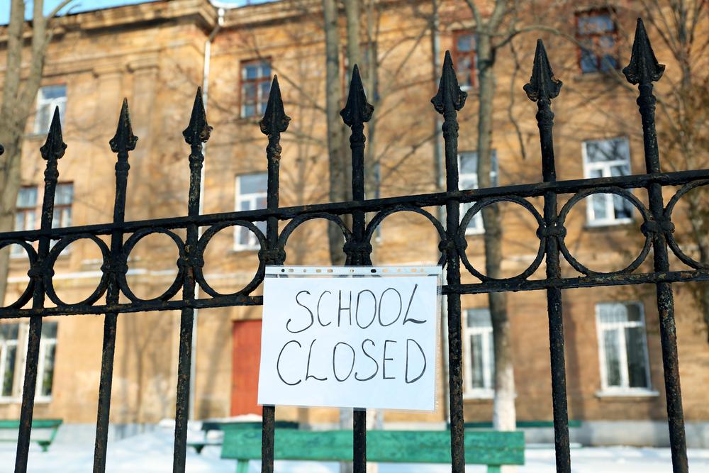 delhi schools closed and exam postponed